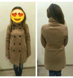 Пальто женское S(42) осень-весна