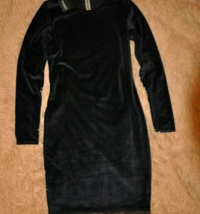 Новое платье велюр 46р