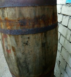 Бочка деревянная