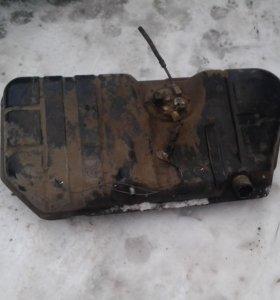 Бак топливный -ВАЗ-21093,инжектор,с насосом, б/у.