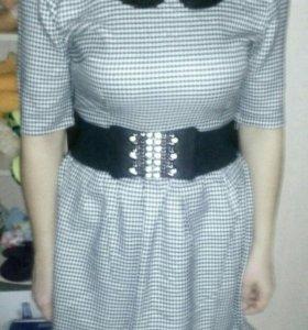 Платье женское в хорошем состоянии 46-48L