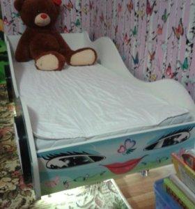 Кроватка детская машинка