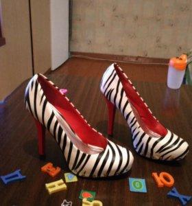 Туфли 40-41 размер