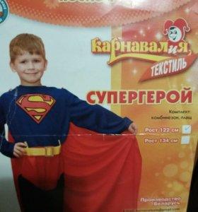 Новогодний костюм супергероя