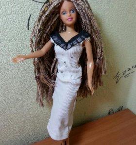 Барби с косичками