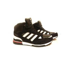 Кроссовки Adidas зимние новые