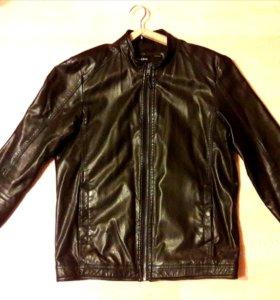 Продам мужскую кожанную куртку