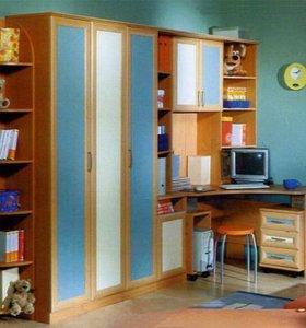 Мебель для детской (стол, шкаф, тумба, полка)