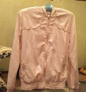 Куртка-ветровка легкая на девочку