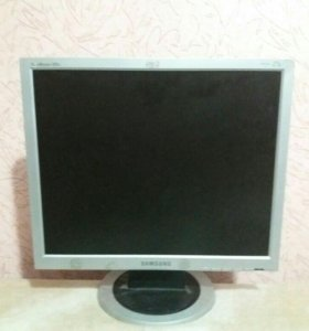 Монитор Samsung 920n