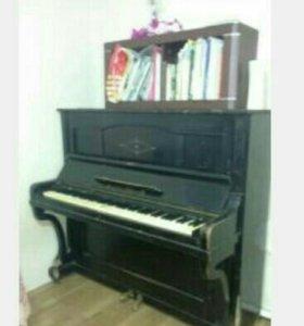 Старинное немецкое фортепиано