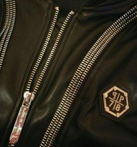 Продам куртку Philipp Plein