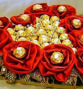 Композиции и букеты из конфет на заказ
