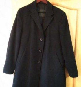 Димесезонное пальто