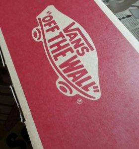 Коробка от Vans