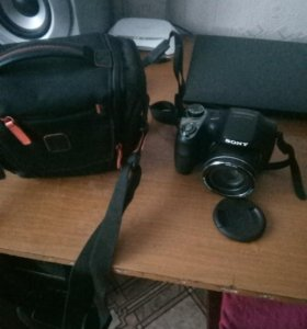 Цифровой фотоаппарат sony.мадель DSC-H300