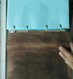 Записная книжка ( тетрадь) с деревянной обложкой.