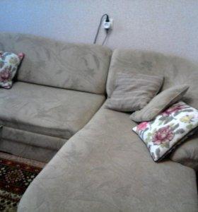 диван, телевизор, стенка