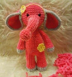 Плюшевый слоник