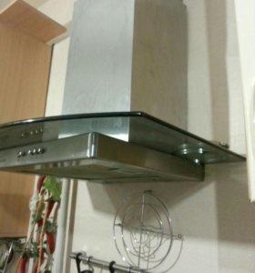 Продам стекло для вытяжки на кухню