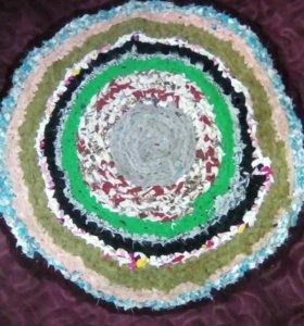 Вязаный круг ,ручной работы