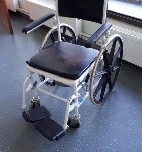 Инвалидная коляска со встройной уткой