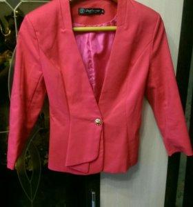 Пиджак розовый на девочку