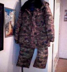 Зимний костюм для рыбалки и охоты.