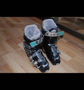 Горнолыжные ботинки Roxy 22,5см