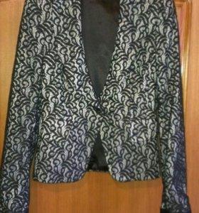 Пиджак из гипюра