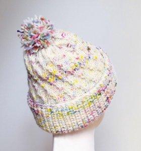 Новая шапка с помпоном