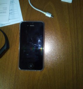 Продам iphone 4s 16 gb