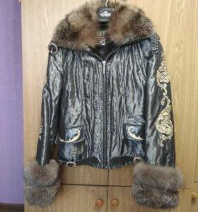 Женская куртка на натуральной меховой подстёжке