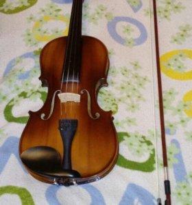 Скрипка, смычок, футляр, подставка для нот, мостик