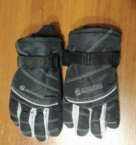 Перчатки новые зимние