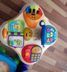 Игровой столик и кресло фишер прайс