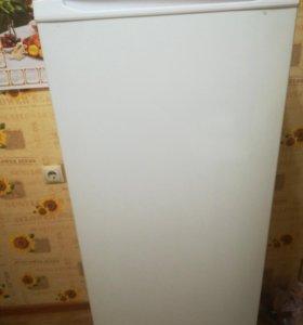Холодильник (на гарантии)