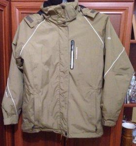 Мембранная куртка женская 48 размера