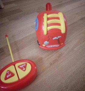 Машина для малышей с пультом