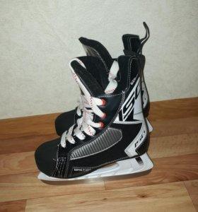 Коньки хоккейные 36 размер