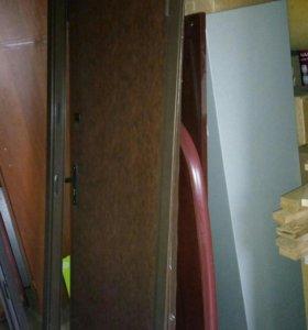 Дверь металлическая с коробкой