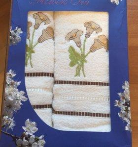 набор махровых полотенец в подарочной упаковке