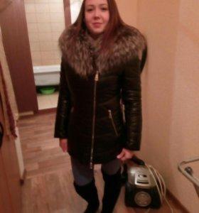 Зимнее теплое пальто с натуральным мехом