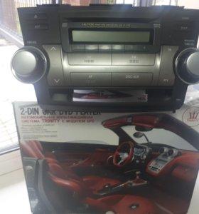 Штатная магнитола на Toyota Highlander