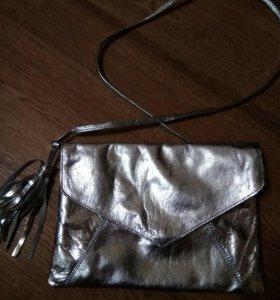 Новая кожанная сумочка