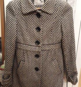 Шерстянное пальто Zara