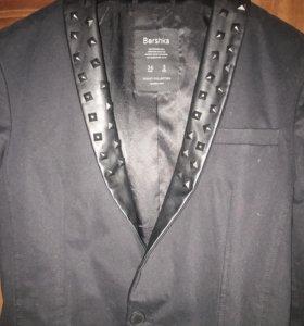 Стильный пиджак BERSHKA ORIGINAL
