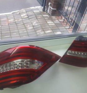 Фонари задние пара USA Mercedes ML/GLE W166