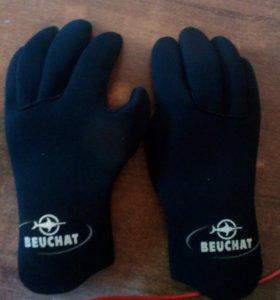 Перчатки для подводной охоты