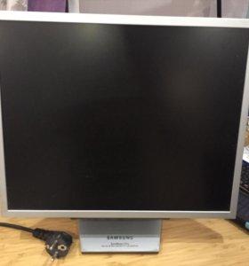 Монитор Samsung SyncMaster 172x б/у